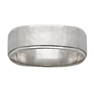 <p>Four sided textured and Hammer ring</p>