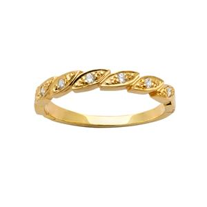 <p>Diamond ring in Yellow gold set with 7 x 70pc Round Brilliant Cut Diamonds. Total Diamond Weight 0.10ct</p>
